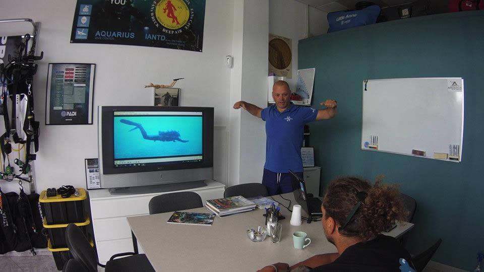 entrenamiento peak performance buoyancy