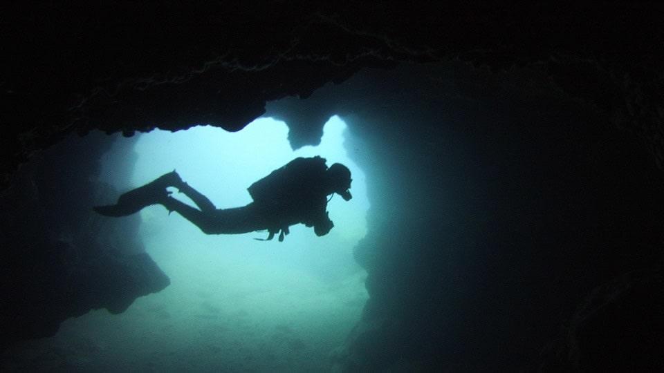 cave diving tenerife