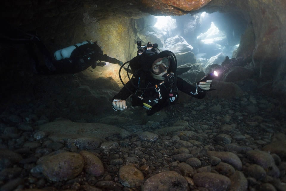diving tenerife cavern