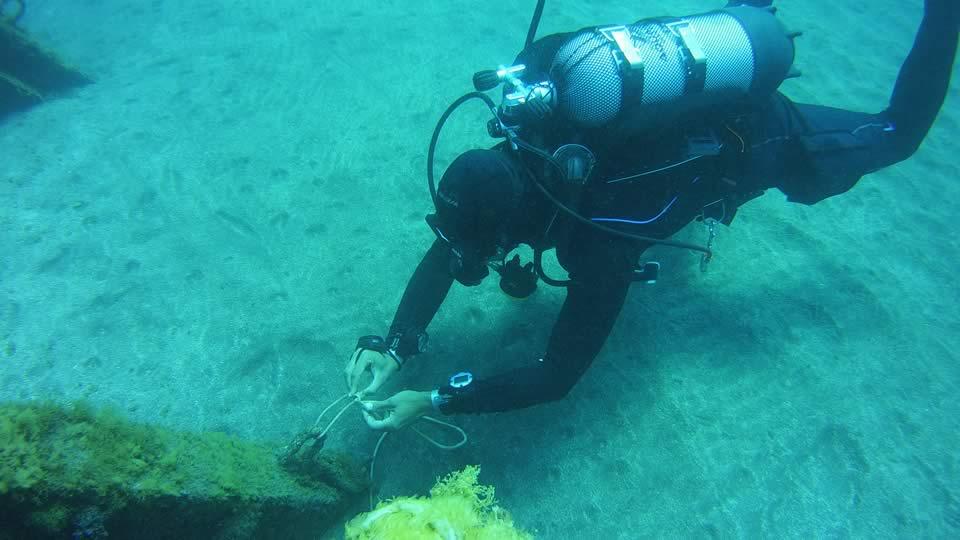 padi peak performance buoyancy course tenerife