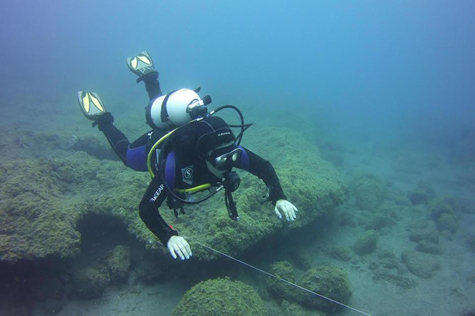 padi peak performance buoyancy tenerife
