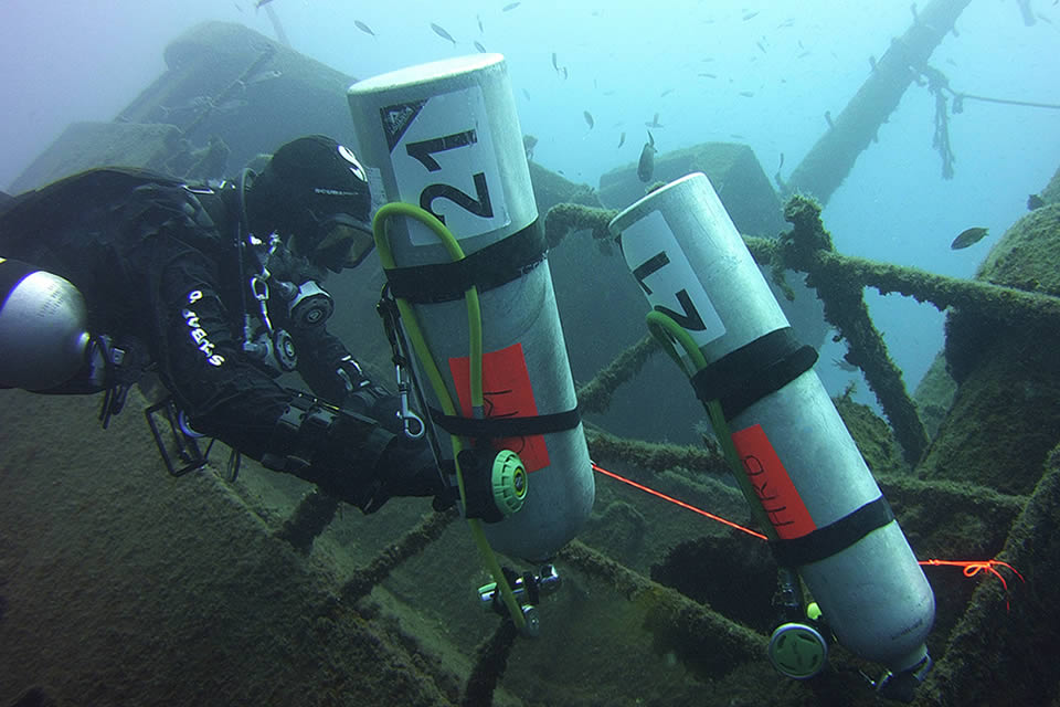 wreck diving tenerife iantd training